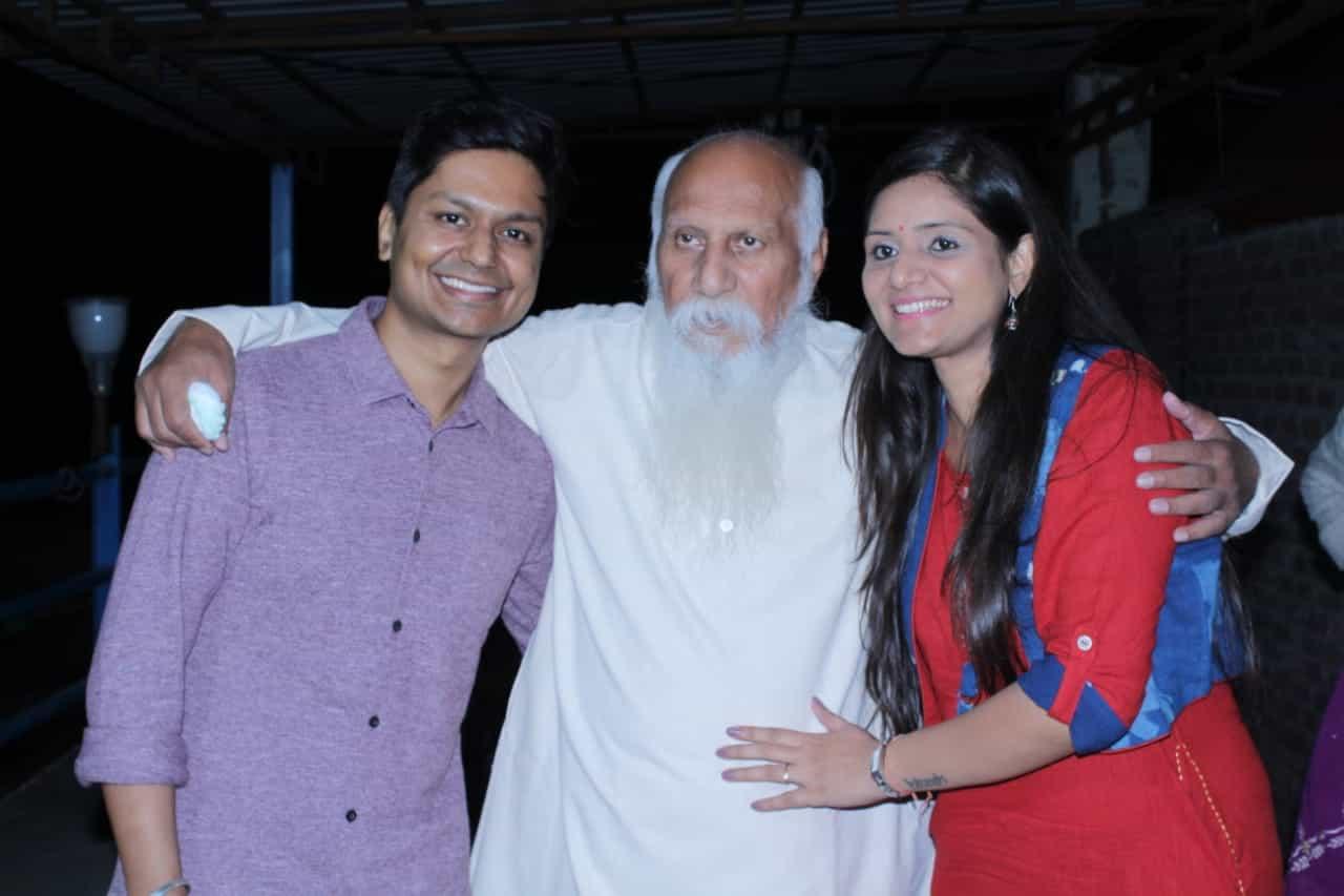 Hitesh and Shubhangi with their Teacher – Brahamarishi Subhash Patri Ji (Founder, Pyramid Spiritual Societies Movement)
